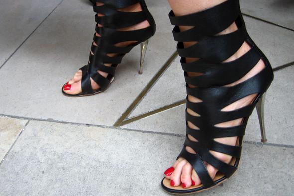 Обувь на неделе моды в Лондоне. Изображение № 8.