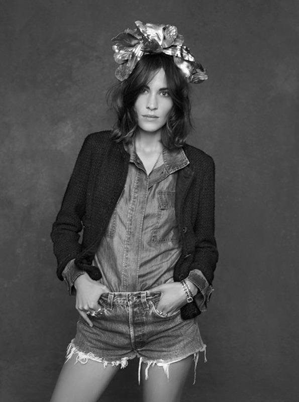 20 октября в Artplay откроется фотовыставка Chanel «Little Black Jacket». Изображение № 18.