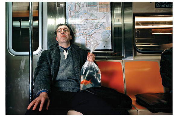 Still lives: застывшие люди на арт-фотографиях. Изображение № 19.