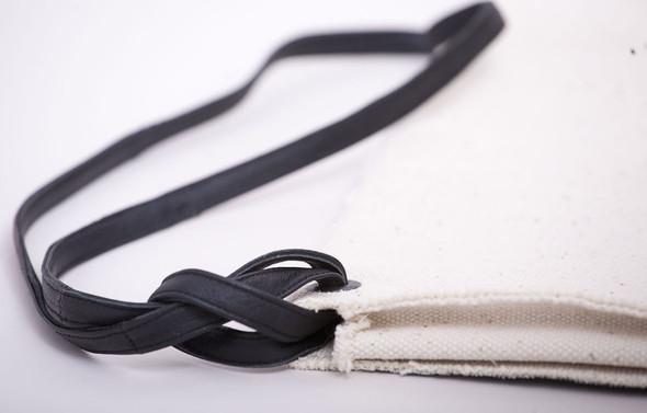 БЕЛОЕ — рюкзаки и сумки из грубого белого хлопка. Изображение № 15.