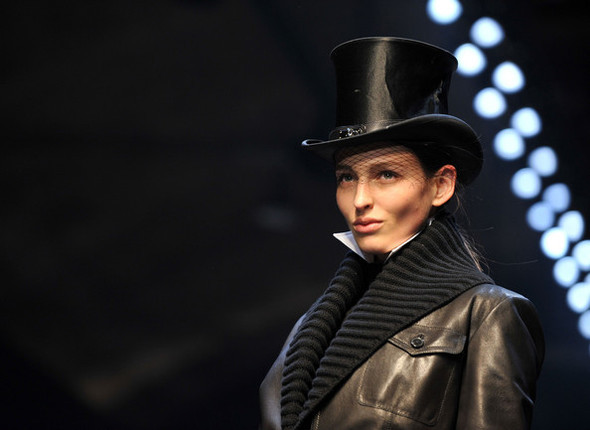 Jean Paul Gaultier for Hermes (fall-winter 2010). Изображение № 31.
