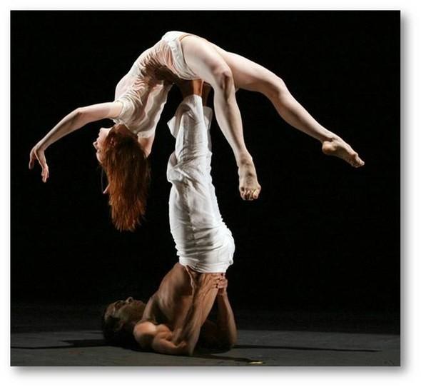 Танцевальные структуры Pilobolus. Изображение № 26.