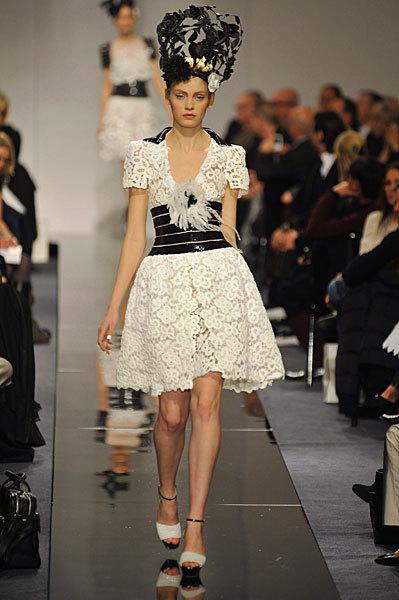 Chanel Spring 2009 Haute Couture. Изображение № 43.