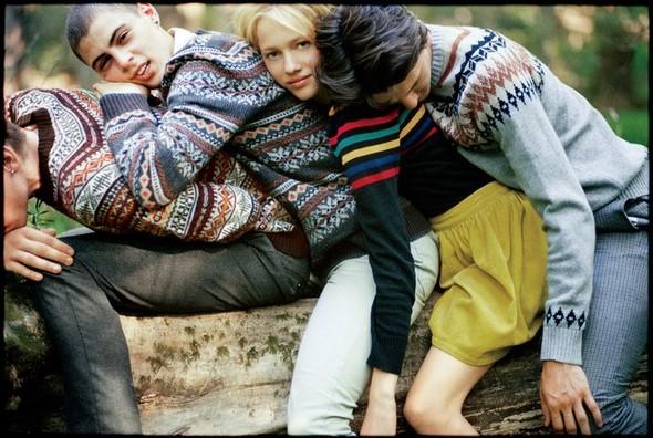 Лукбуки: Urban Outfitters November 2010. Изображение № 9.