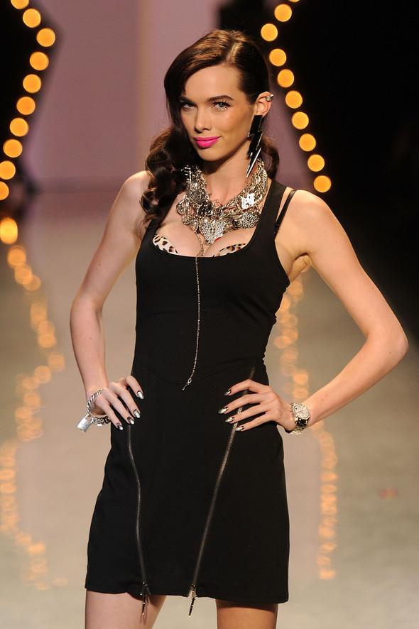 New York Fashion Week: Betsey Johnson Spring 2012. Изображение № 46.