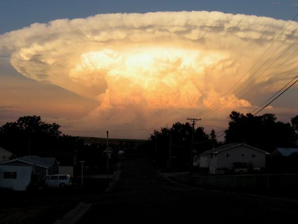Переменная облачность. Изображение № 37.