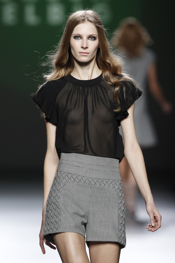 Madrid Fashion Week A/W 2012: Teresa Helbig. Изображение № 8.
