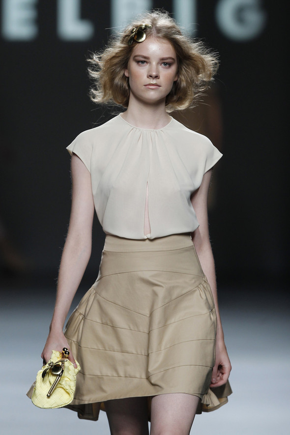 Madrid Fashion Week SS 2012: Teresa Helbig. Изображение № 8.