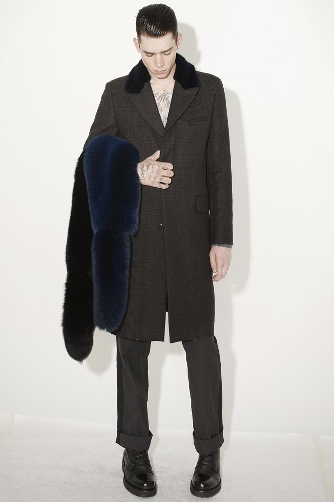 Marni и Marc Jacobs выпустили новые лукбуки. Изображение № 25.