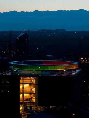 Изображение 9. Архитектурное бюро Olafur Eliasson придумало радужную панораму.. Изображение № 9.