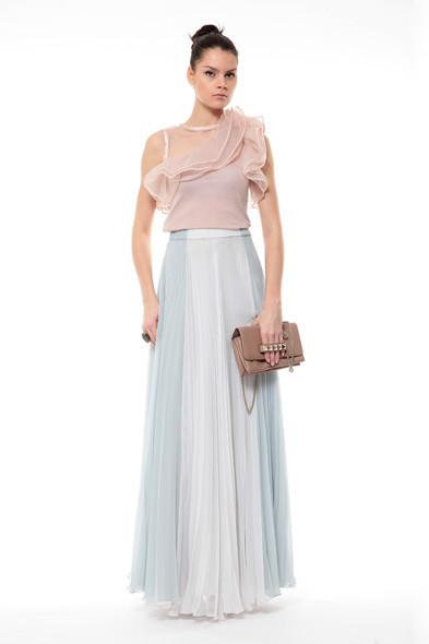 Блуза Valentino, юбка Martin Margiela . Изображение № 5.