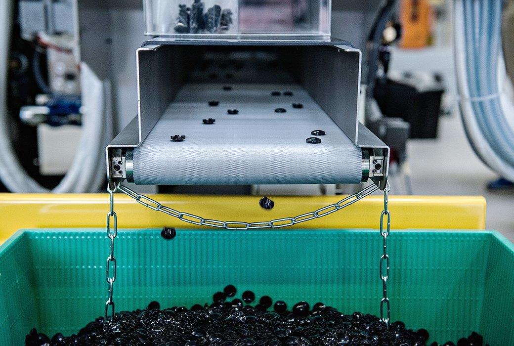 Репортаж с завода LEGO: Столько кубиков вы ещё  не видели. Изображение № 6.