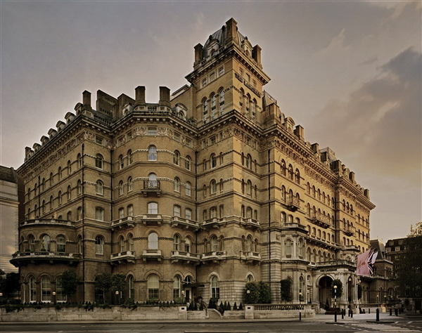 Самые страшные отельные привидения и где их искать. Изображение № 1.