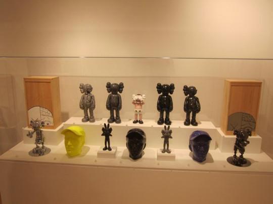 Выставка художника и дизайнера KAWS. Изображение № 25.