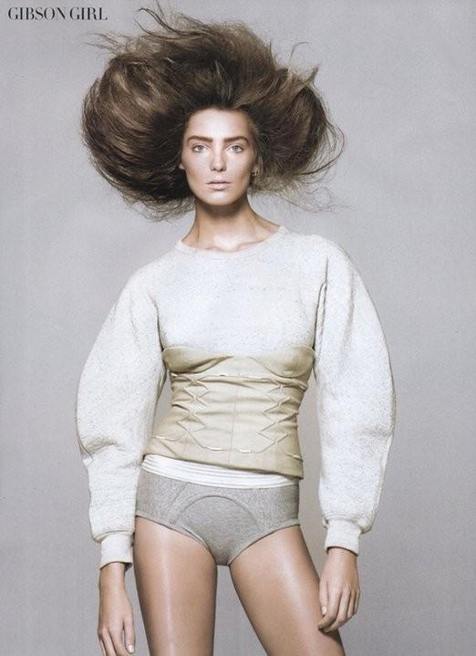 Vogue May 2010 ( Paris, US, China). Изображение № 22.