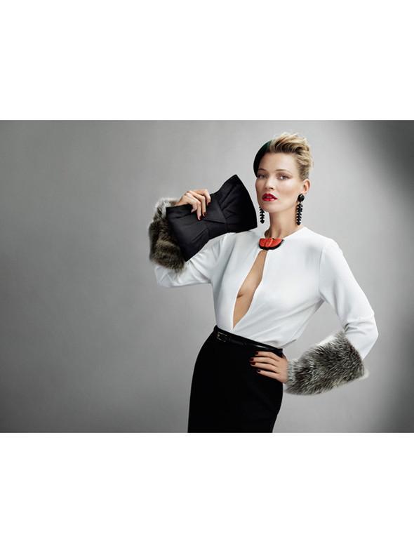 Съёмка: Кейт Мосс для британского Vogue. Изображение № 12.