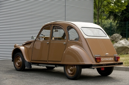 Citroen 2CV by Hermes в честь 60-летнего юбилея. Изображение № 8.