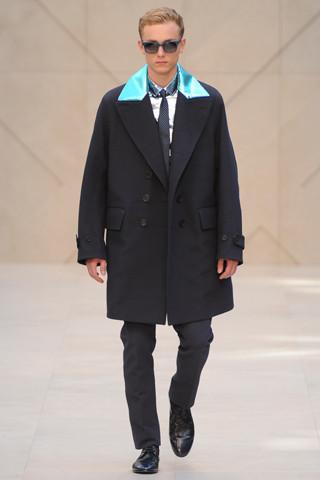 Неделя мужской моды в Милане: День 1. Изображение № 2.