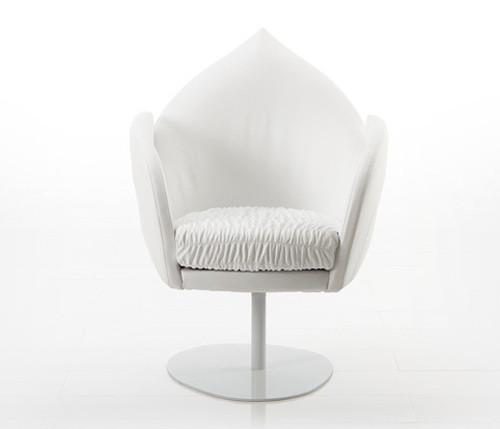 Кресло в стиле фанк от Bruhl. Изображение № 1.