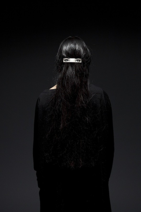 Hairclip on hair by Humans Since 1982 на thisispaper.com. Изображение № 5.