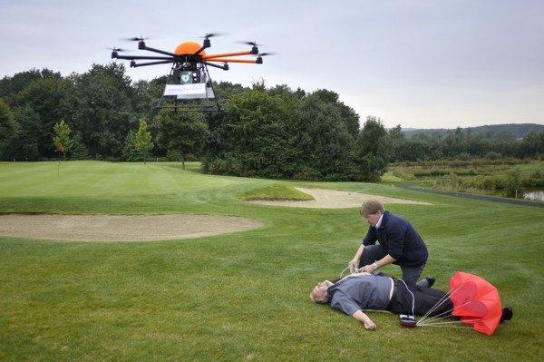 Квадрокоптеры предлагают поставить на службу скорой помощи. Изображение № 1.