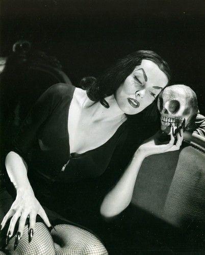 Ghoulish glamour. Готовимся к Хеллоуину. Изображение № 10.