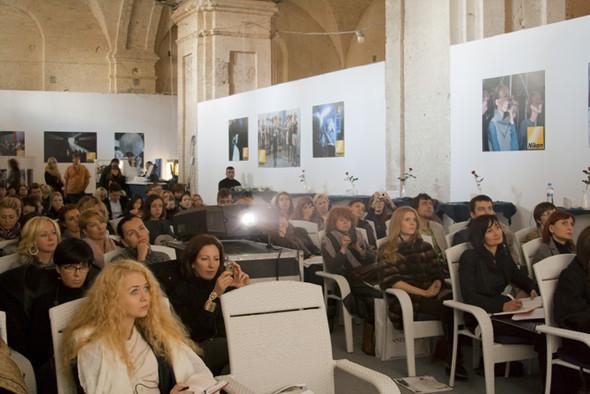 Фотоотчет о семинаре Лидевью Эделькорт в Киеве. Изображение № 5.