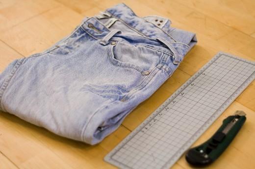 Каксобственноручно порвать джинсы. Изображение № 1.