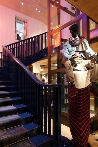 Новый флагманский бутик Tommy Hilfiger в Лондоне. Изображение № 2.