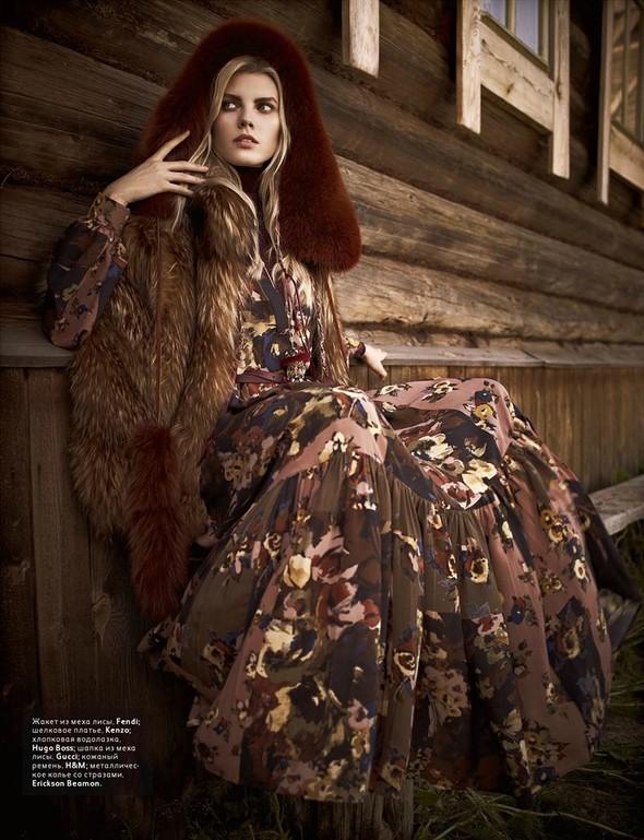 Съёмка: Марина Линчук для российского Vogue. Изображение № 7.