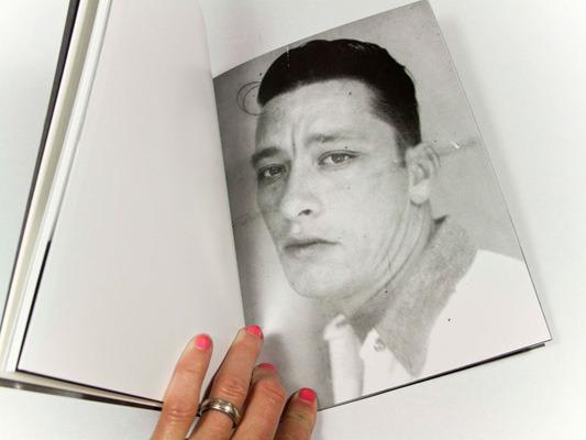 Закон и беспорядок: 10 фотоальбомов о преступниках и преступлениях. Изображение № 60.