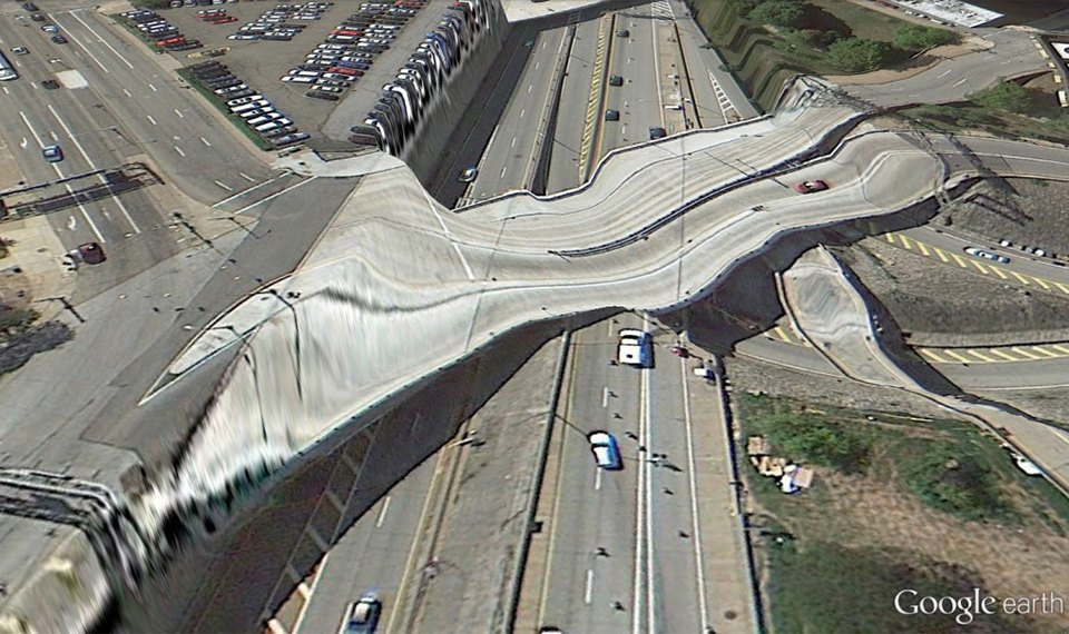 32 фотографии из Google Earth, противоречащие здравому смыслу. Изображение № 5.