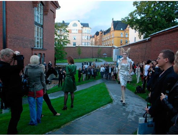 Показ Tiia Vanhatapio AW 2011 в Хельсинки. Изображение № 75.