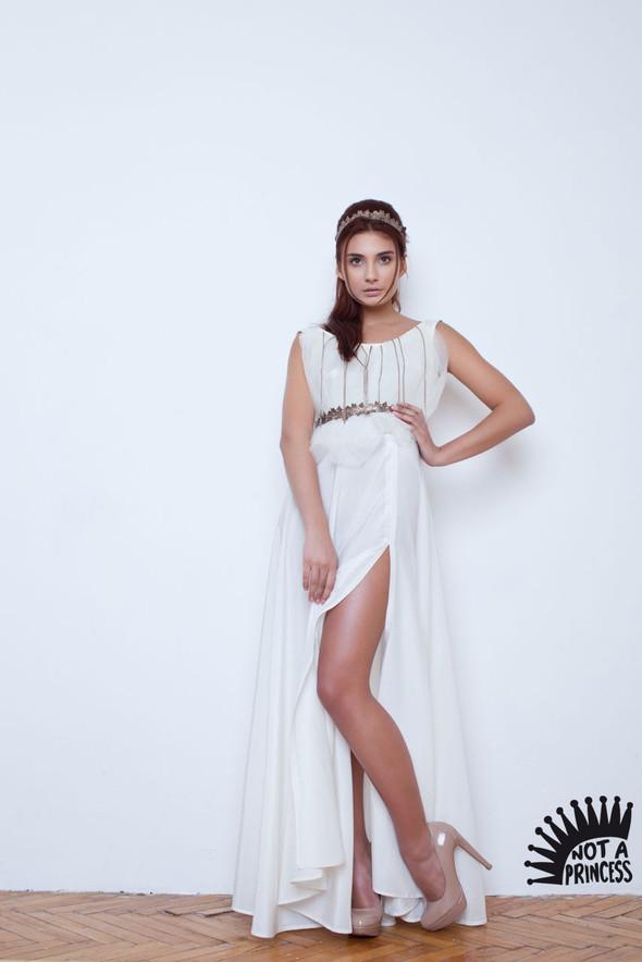 NOT A PRINCESS - новый бренд, дизайнерские свадебные платья. Изображение № 6.