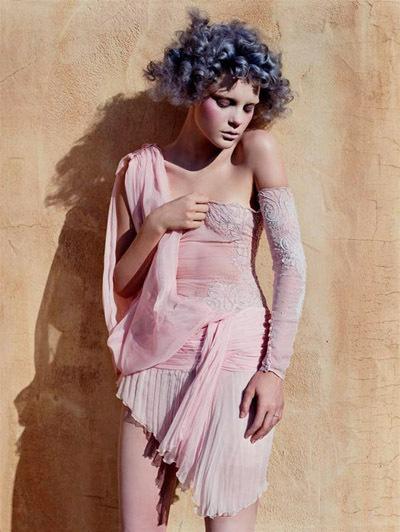 Vogue Italia September 2003. Изображение № 2.