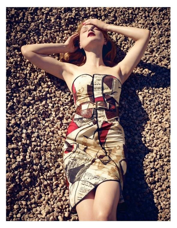 Съёмка: Жиневье ван Синус для Bergdorf Goodman. Изображение № 9.