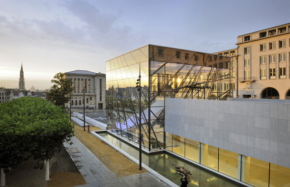 Дворец Конгресса вБрюсселе. Изображение № 1.