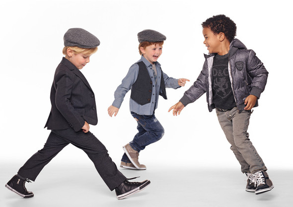 Все лучшее детям: лукбуки D&G, Gucci, John Galliano, Burberry. Изображение № 9.