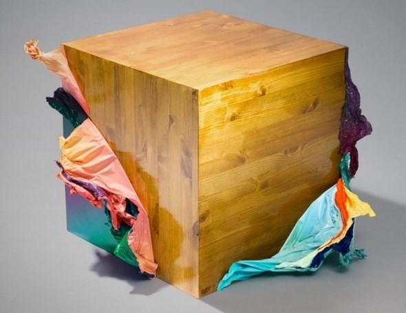 Если взять деревянный куб, пвх и фен, получится обложка для диска. Изображение № 2.
