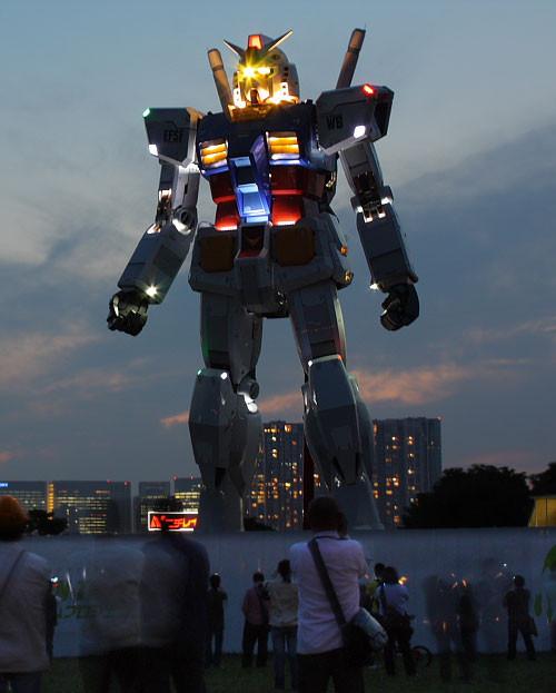 Гигантские человекоподобные роботы ужездесь!. Изображение № 11.