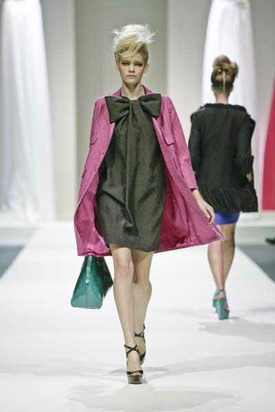 Moschino : шутник ихулиган итальянской моды. Изображение № 14.