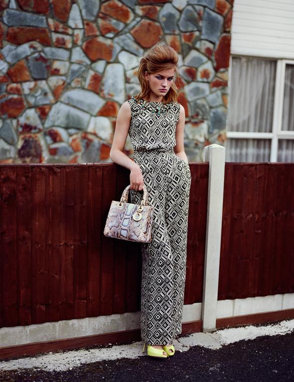 Съёмка: Молли Смит в Dior для Wonderland. Изображение № 1.