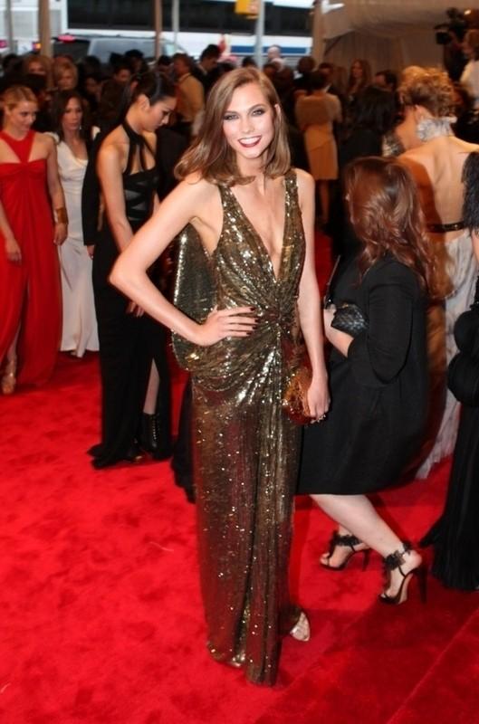 Изображение 14. 2011 MET Costume Institute Gala - Models style.. Изображение № 15.