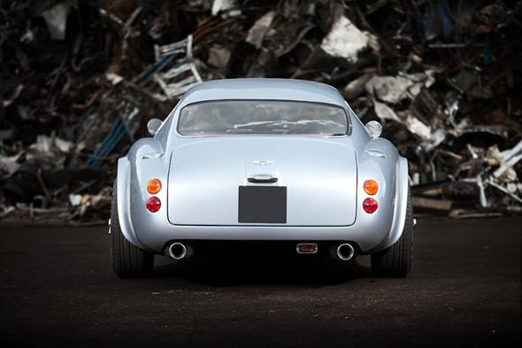 Воскрешение Aston Martin DB4 GT Zagato. Изображение № 8.