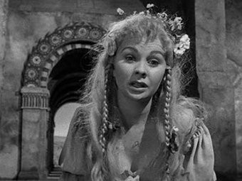 Скончалась актриса Джин Симмонс. Изображение № 2.