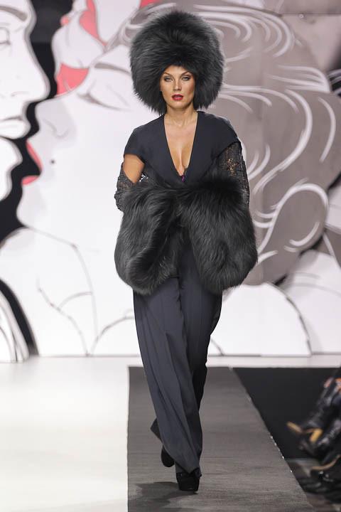 """Коллекция """"La Femme Magnifique"""" Модного Дома Игоря Гуляева. Изображение № 33."""