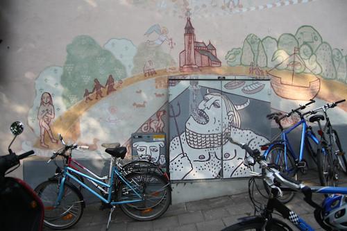 Суровый финский стрит-арт или что викинги рисуют на стенах?. Изображение № 2.