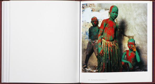 12 альбомов фотографий непривычной Африки. Изображение № 72.