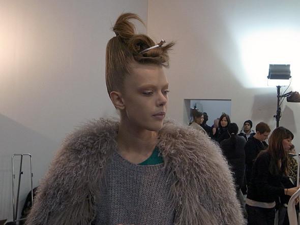 Изображение 5. Paris Fashion Week: два бэкстейджа.. Изображение № 10.