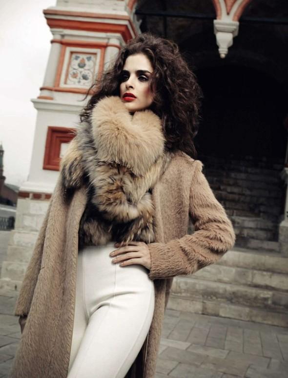 Съёмка: Фернанда Прада для Harper's Bazaar. Изображение № 3.